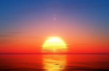 ImprendiNews – La storia di una stella – Il sole che sorge all'orizzonte sul mare