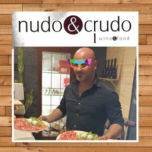 ImprendiNews – Bar Nudo & Crudo, Andrea Voltarel, titolare del bar prosciutteria Nudo & Crudo