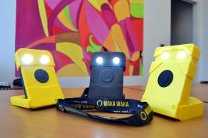 ImprendiNews – I prodotti Waka Waka sulla scrivania del Dott. Carlo Borgarelli